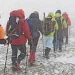 Süphan dağı geçit vermedi! Buz adama döndüler...