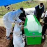 Aynı aileden 5 kişi koronavirüsten öldü!