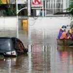 Endonezya'da sel felaketi: 20 ölü, 5 kayıp