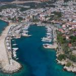 Turizm başkentinde tekneler eşsiz koylarla buluştu