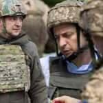 Zelenskiy başkomutan sıfatıyla cepheye indi! Merkel, Putin'i aradı