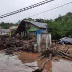 Endonezya'da sel faciası: Ölü sayısı 157'ye çıktı