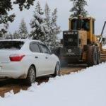 Kar nedeniyle kapanan yayla yolları açıldı