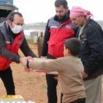 Sadakataşı İdlibli mültecilere Ramazan yardımı ulaştırdı