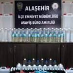 Şüphelenilen kamyonette 297 litre kaçak alkol ele geçirildi