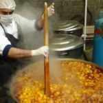 180 bin kişiye iftar yemeği ve kumanyası