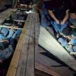 Meksika'da TIR'ın gizli bölmesinden insanlık dramı çıktı