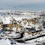 Beyaza bürünen peribacalarından kartpostallık manzaralar