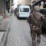 Diyarbakır'da HDP'li vekilin danışmanı dahil 11 tutuklama