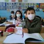 Esenler'de çocuklara Ramazan sürprizi