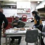 Uzaklaştırma kararı olan eski eşi, iftar yemeğinde bıçakladı!