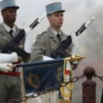 Fransa'da askerlerden iç savaş uyarısı