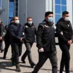 Kaçak FETÖ'cü 4 eski asker sınırda tutuklandı