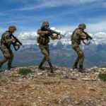 PKK'lı teröristlerle çatışma çıktı! 1 terörist öldürüldü