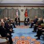 Atatürk hassasiyeti mi, işgüzarlık mı?