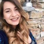 Esra öğretmen canlı ders esnasında hayatını kaybetti