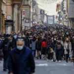 İtalya'nın büyük kısmında Kovid-19 tedbirleri gevşetildi
