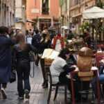 Kısıtlamaların gevşetildiği İtalya'dan kareler