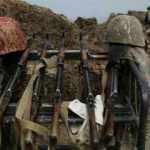 Azerbaycan, 3 askeri Ermenistan'a iade etti
