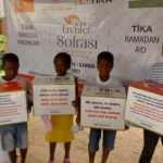 Gambiya'daki ihtiyaç sahibi ailelere ramazan yardımı