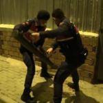 Jandarma duvarı  delerek girdi! 220 kişiye 1 Milyon lira ceza