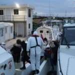 Yunanistan'ın geri ittiği 39 göçmen kurtarıldı