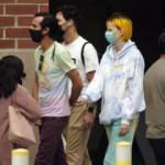Amerikan halkı maske zorunluluğunun gevşetilmesinden tedirgin
