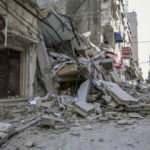 İşgalci İsrail Yebna kampındaki evi bombaladı!
