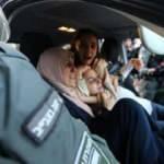 İsrail polisi, Filistinli kadınları darp etti!