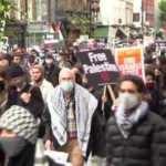 İsrail'in Gazze ve Mescid-i Aksa'ya saldırıları Londra'da protesto edildi