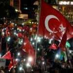 İHH İnsani Yardım Vakfı öncülüğünde gönüllüler Mescid-i Aksa baskınını protesto etti
