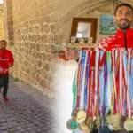Madalyalı maratoncu Mardin'in merdivenli sokaklarında antrenman yapıyor