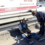 Merter'de korkunç kaza! Lastiği patlayan minibüs dehşeti yaşattı