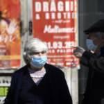 Romanya'da açık havada maske takma zorunluluğu kalkıyor