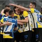 Şampiyon Inter, Roma'yı 3 golle geçti