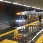 Aksaray Metro İstasyonu'nun tavanı aktı