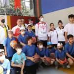 Beyoğlu'na basketbol sahası açıldı