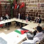 YTB Başkanı Eren Filistinli öğrencilerle buluştu