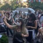 Bahçeşehir' de kürekle öldürülen kedi yavruları için eylem