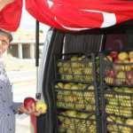 'Elmacı Dede' Pençe Harekatı'ndaki Mehmetçiği unutmadı
