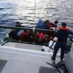 Çanakkale açıklarında 17 düzensiz göçmen kurtarıldı