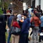 Yeni normalleşme kararları sonrası vatandaş evlendirme dairesi önünde kuyruğa girdi!