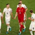 İtalya yenilgisi sonrası çekilen fotoğraf Türk futbolseverleri kahretti