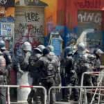 Almanya'da aşırı solcu gruplar polise saldırdı