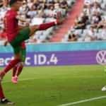 Ronaldo, Klose'yi yakaladı