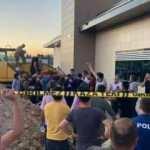 Şanlıurfa'da kayan toprağın altında kalan 2 işçi kurtarıldı