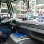 İzmir'de minibüs şoförü içki ve sigarayı bırakanı 5 yıl ücretsiz taşıyacak!