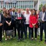 AK Parti'den İBB önünde işten çıkarma açıklaması