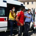 Ameliyat olan genç sınava ambulansla götürüldü