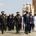 Milli Savunma Bakanı Akar OYAK Genel Kurulu'na katıldı
